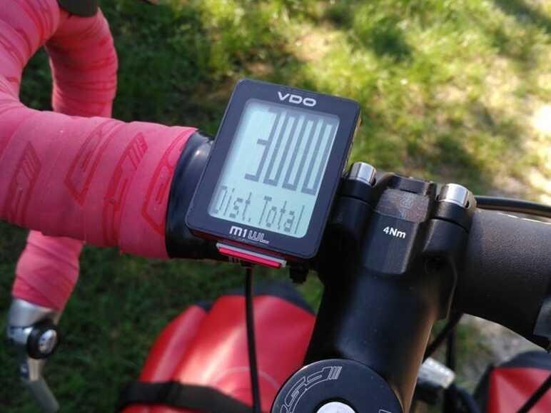 Compteur vélo EuroVelo 6 - Riding Through This World